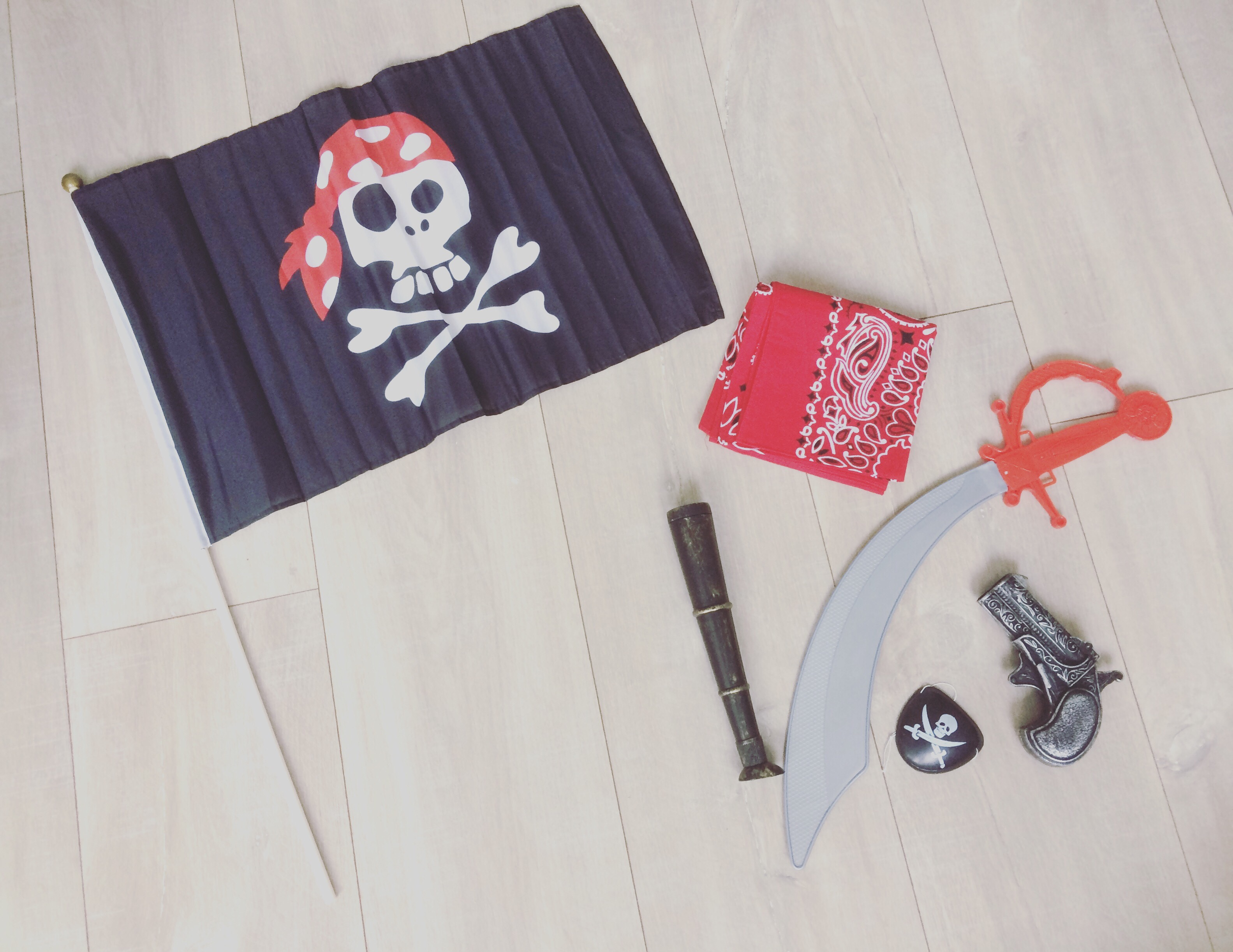 low budget partijtje piratenthema piraten thema kids verjaardag feest feestje spelen jongens kids mama mamablog mamablogger blog blogger lifestyle diy laviedemama.nl